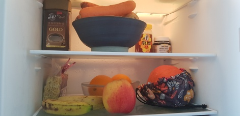 Notre frigo - si Calviniste - mais si efficace contre le grignotage intempestif!