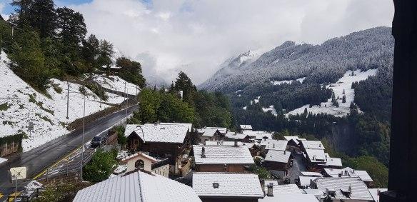 Arriver en Suisse, et vivre un choc thermique sans précédent en passant de 27 à zéro degrés.